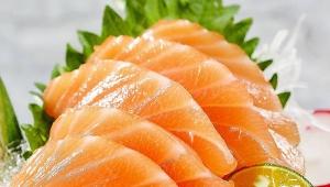 三文鱼感染新冠病毒?餐饮企业应如何卫生处理三文鱼?